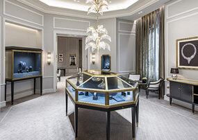 Commercial jewelry shop design