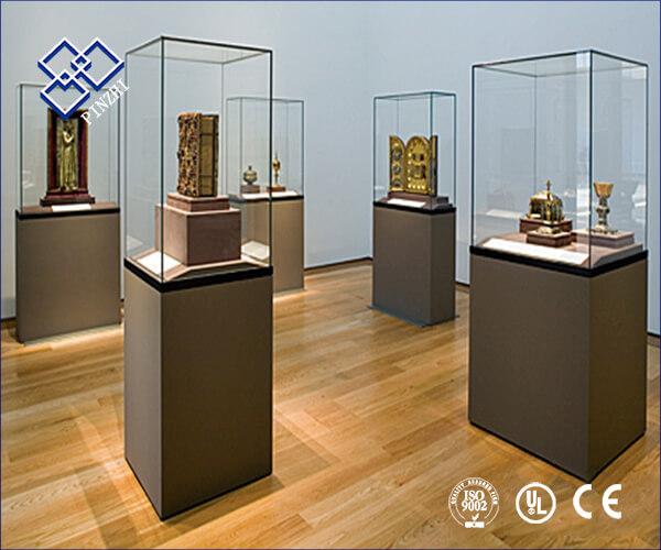museum display cabinet